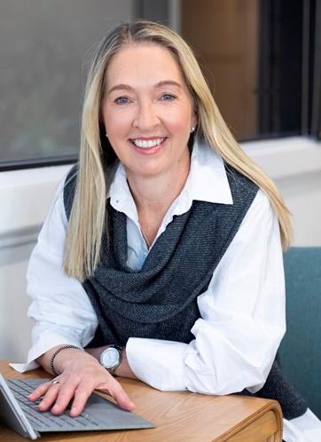 Suzie Fewster Prof Photo – SA Style Magazine_Cropp